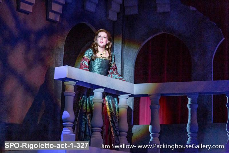 SPO-Rigoletto-act-1-327.jpg