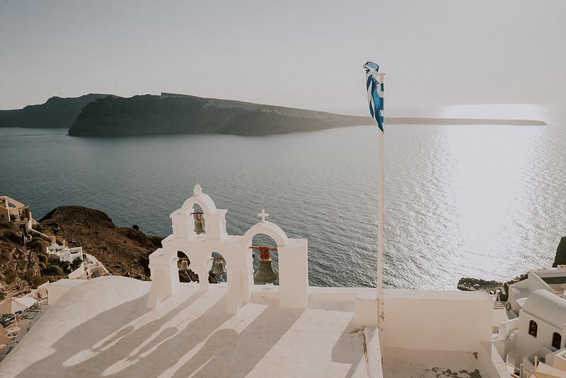 Tu-Nguyen-Destination-Wedding-Photographer-Santorini-Elopement-Alex-Diana-80.jpg