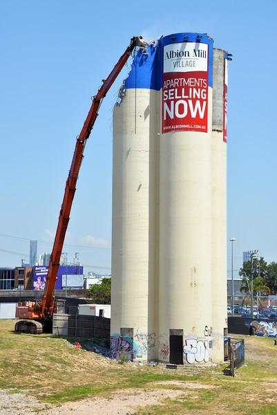 Albion Mill Demolition_13.jpg