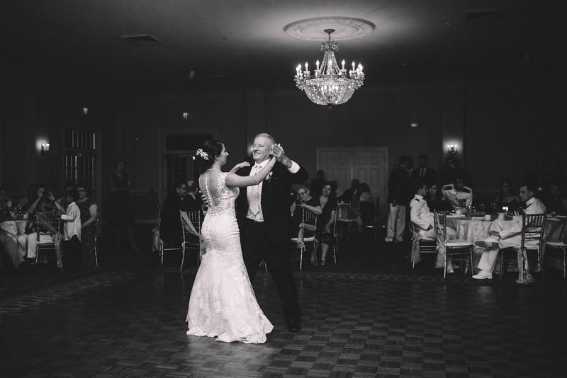 Philadelphia Wedding Photographer - Bernreuther-640.jpg