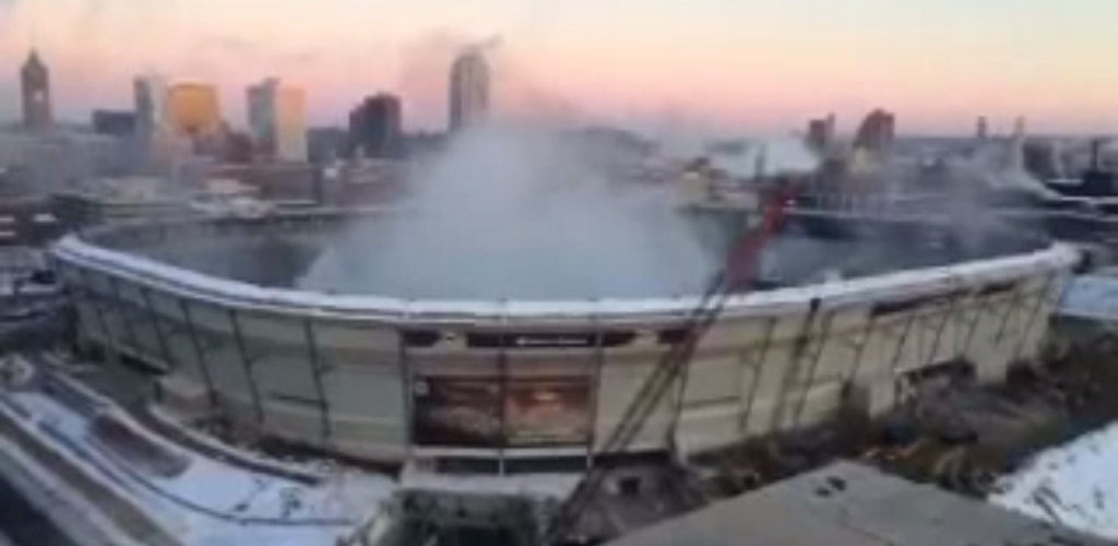 . <p><b>21. METRODOME ROOF</b> <p>Sunday�s demolition 10 times more entertaining than anything that happened at the Meadowlands. <p>   (Photo from YouTube)