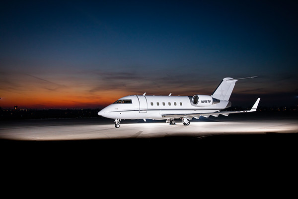 Challenger 601 N915TP (High Res)