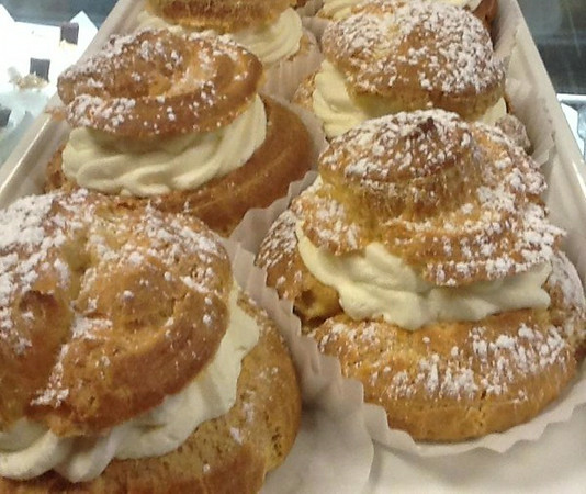 amaretti-desserts---cream_med.jpeg