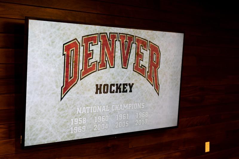 20181103-DU-Hockey-RibbonCutting-264.jpg