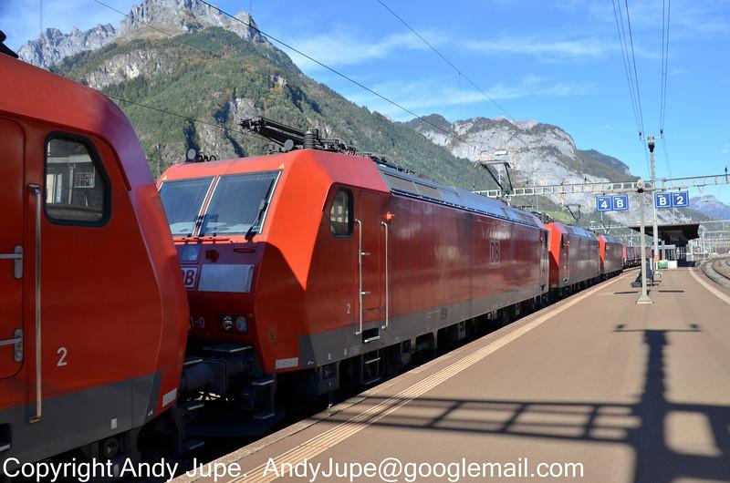 185131-0_185119-5_185093-2_a_Erstfeld_Switzerland_19102012.jpg