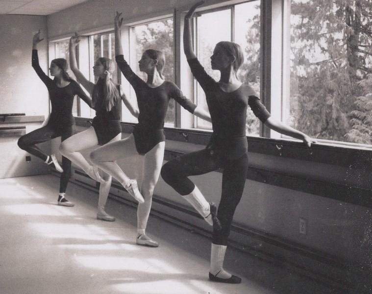 Dance_1227.jpg