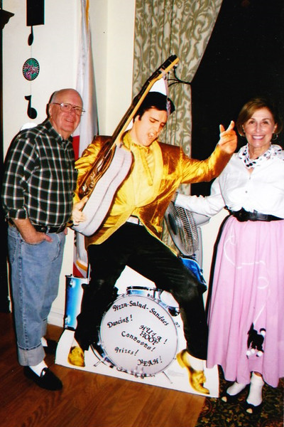 Dad-Mom-Elvis.jpg