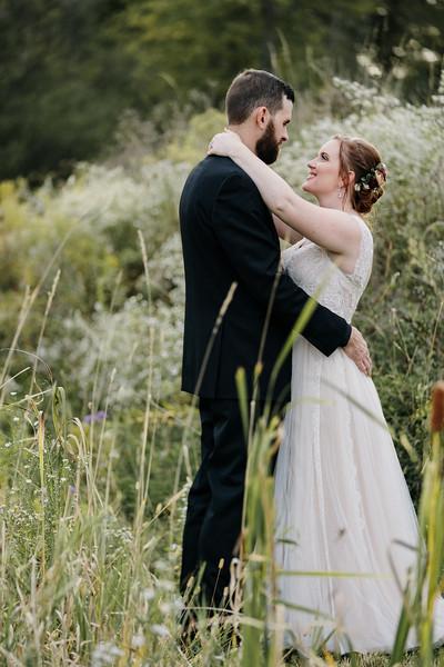 rustic_ohio__fall_barn_wedding-287.jpg
