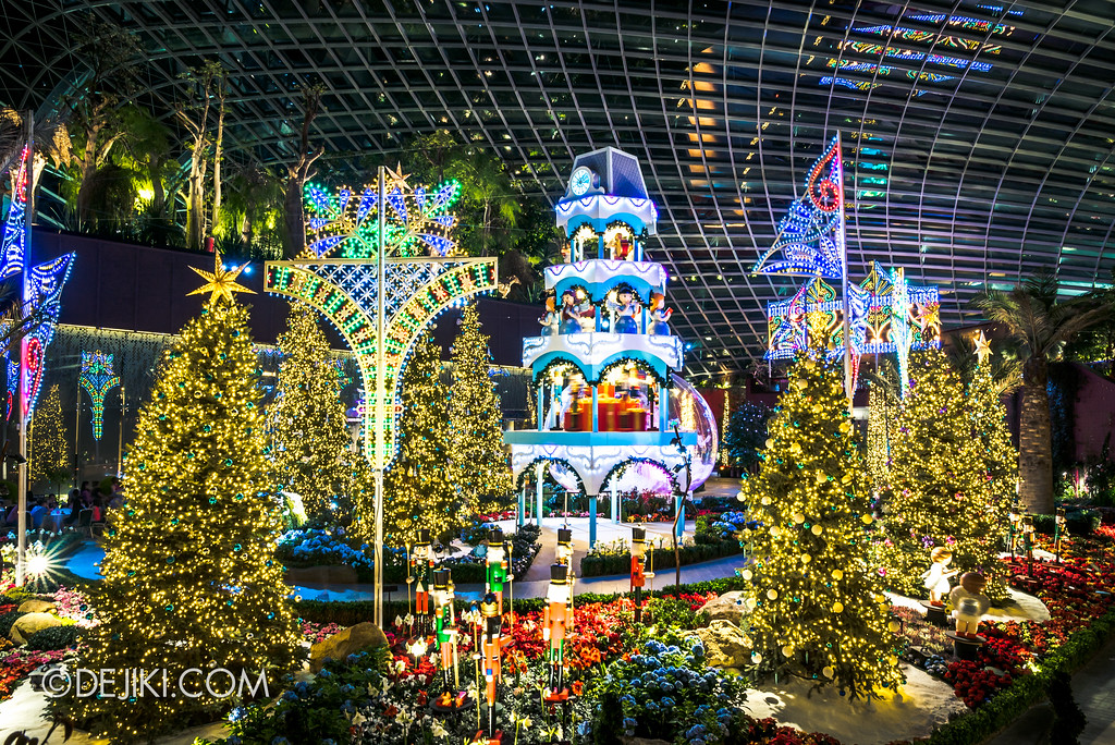 Gardens by the Bay - Merry Medley floral display overview