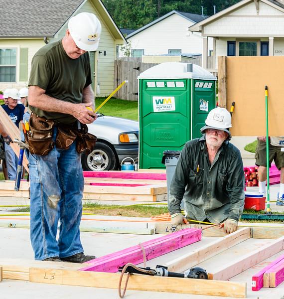 1210 Habitat Wall Build DAR-11.jpg