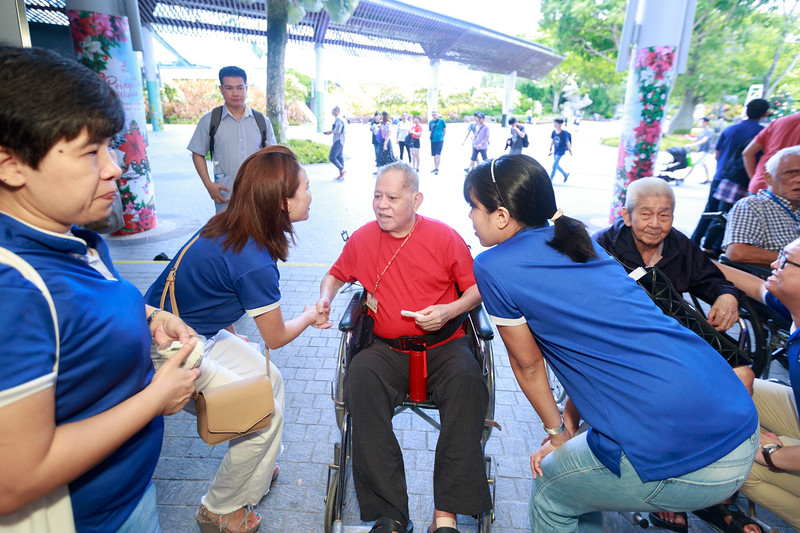 VividSnaps-Extra-Space-Volunteer-Session-with-the-Elderly-122.jpg