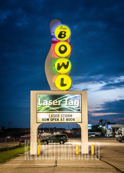 Expo Bowl - Laser Tag