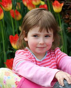 2009-04 TulipKids