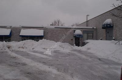 22552 CAMPUS SNOW SCENES 2003