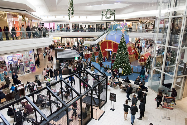 11/23/18 Wesley Bunnell | Staff The center court area at the Westfarms Mall area on Black Friday showing Santa's Workshop.