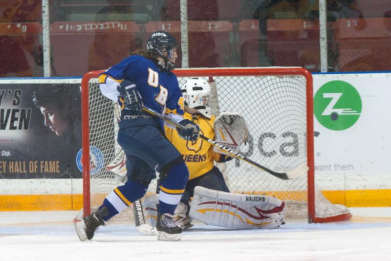 20130310 QWHockeyvsUBC 396.jpg