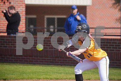 tjc-plays-first-ever-softball-game