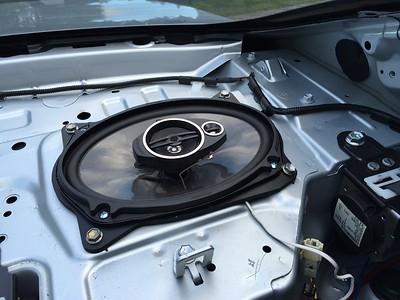 2009 Toyota Camry Rear Deck Speaker Installation - Australia
