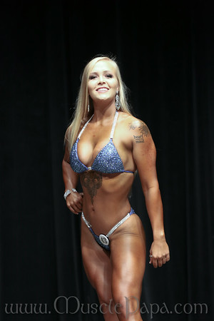 Cassandra Looney