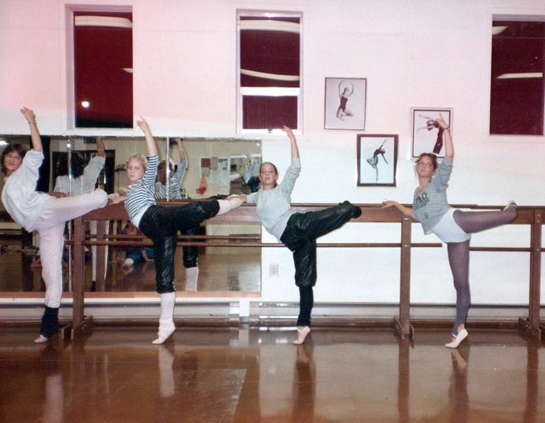 Dance_2287_a.jpg