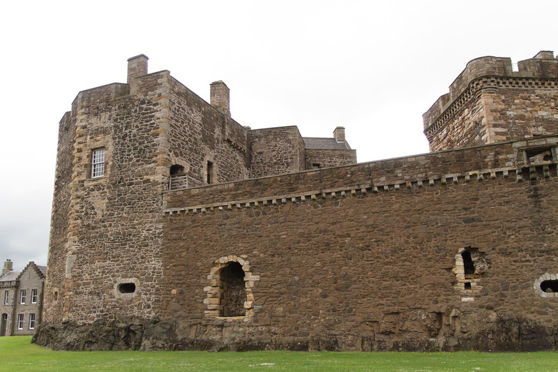 Blackness Castle (Fort William) - 02.jpg