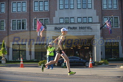 Downtown Rochester Gallery 2 - 2016 HAP Brooksie Way Half Marathon