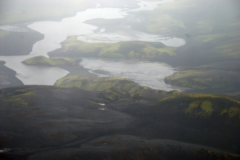Þarna má sjá í skála Útivistar við Sveinstind