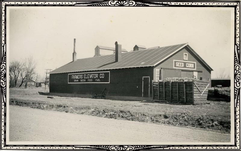 JB159.  Farmers Elevator Co. – Arthur – 1935.jpg
