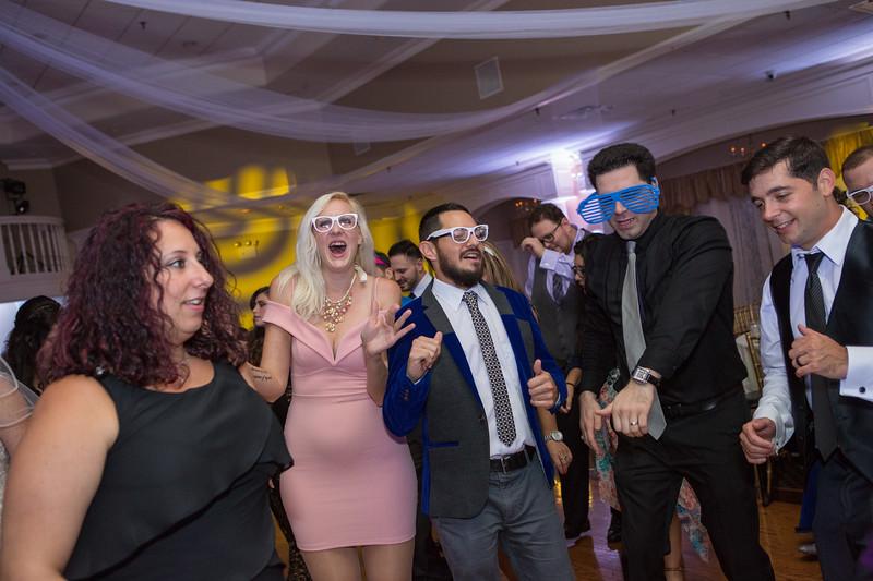 MRN_1667_Loriann_chris_new_York_wedding _photography_readytogo.nyc-.jpg.jpg