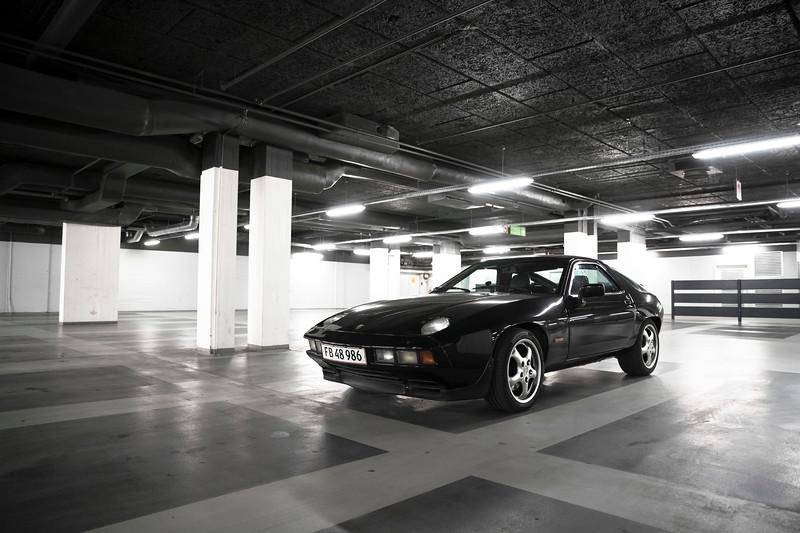 Porsche 928S 1984.jpg