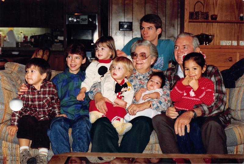 Ruben, Frankie, and grandkids. Dec 1986