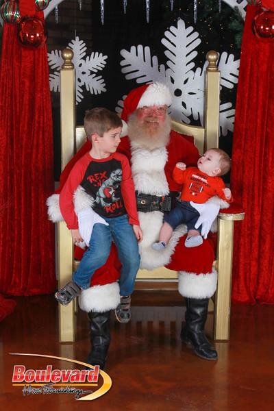 Santa 12-17-16-380.jpg