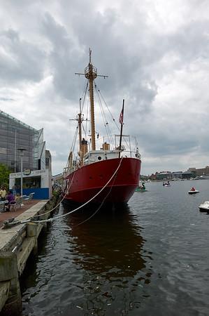 Baltimore Inner Harbor_2011