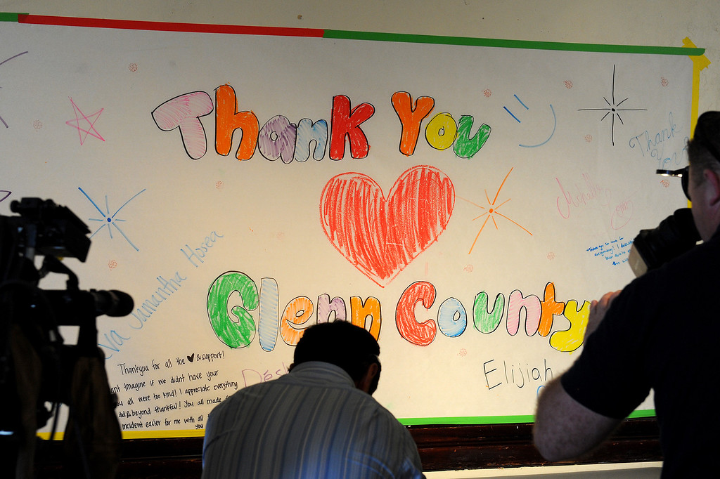 . A sign drawn by students from the Orland bus crash thanks Glenn County at the Red Cross shelter at the Orland VFW auditorium where students from the crash spent the night, Friday, April 11, 2014. (Photo by Michael Owen Baker/L.A. Daily News)