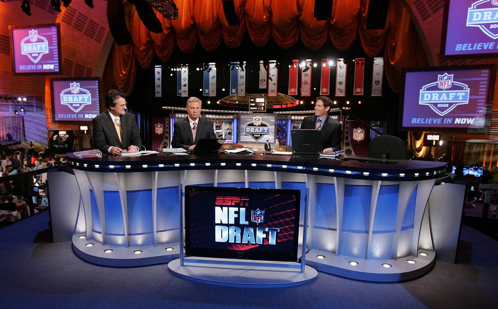 """. <p><b> Football fans are filled with excitement less than 48 hours from the start of the NFL draft, because that means  � </b> <p> A. Their favorite teams will get needed improvements <p> B. Football talk will be in the air all weekend <p> C. Mel Kiper will disappear again in only four days <p><b><a href=\'http://www.lostlettermen.com/slideshow/mel-kipers-biggest-nfl-draft-busts\' target=\""""_blank\""""> LINK </a></b> <p>    (Jim McIsaac/Getty Images)"""