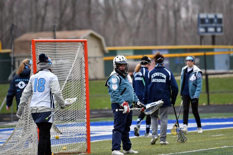 girls_lacrosse_5306.jpg
