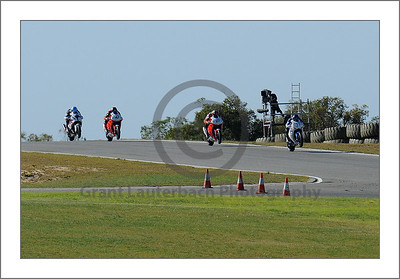 V8 Supercars Barbagallo Raceway 2011