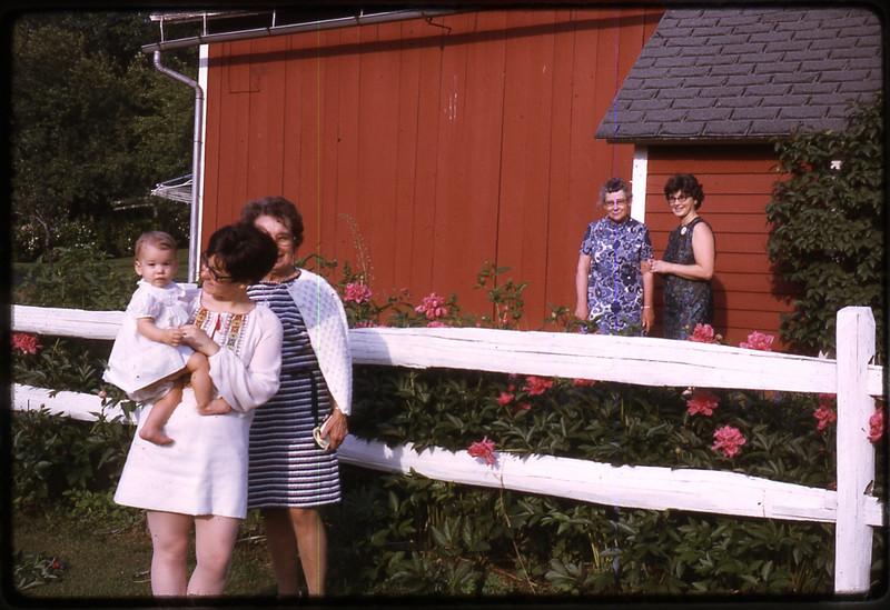 Mom's 90th BD pics 043.jpg