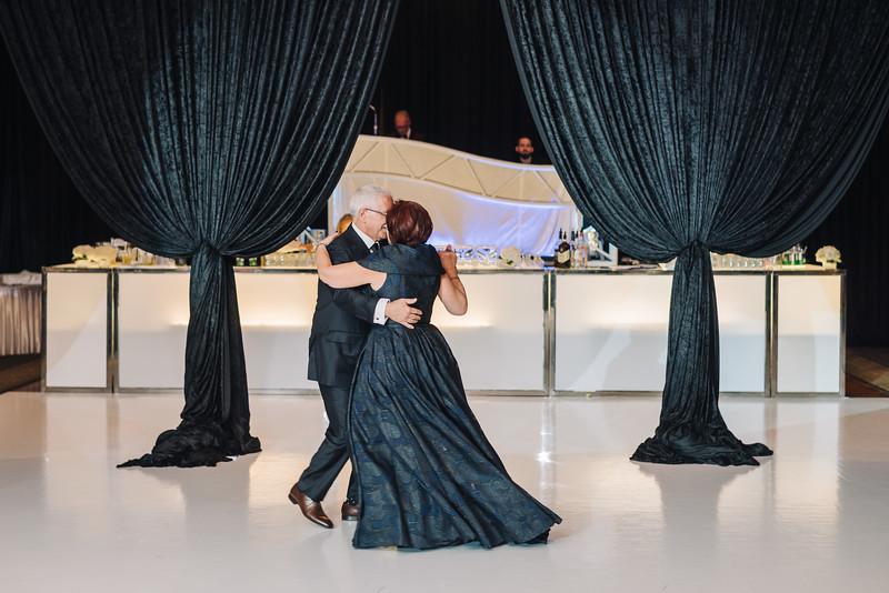 2018-10-20 Megan & Joshua Wedding-779.jpg