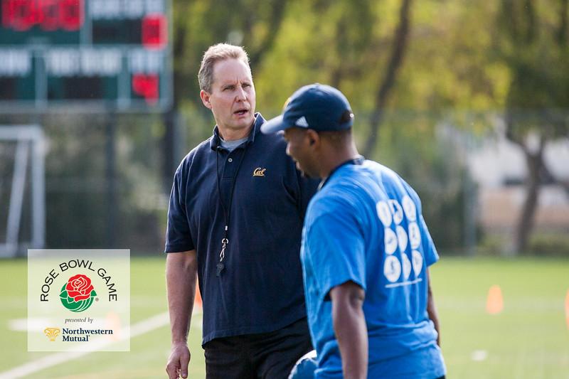 2015 Rosebowl Youth Football Clinic_0031.jpg