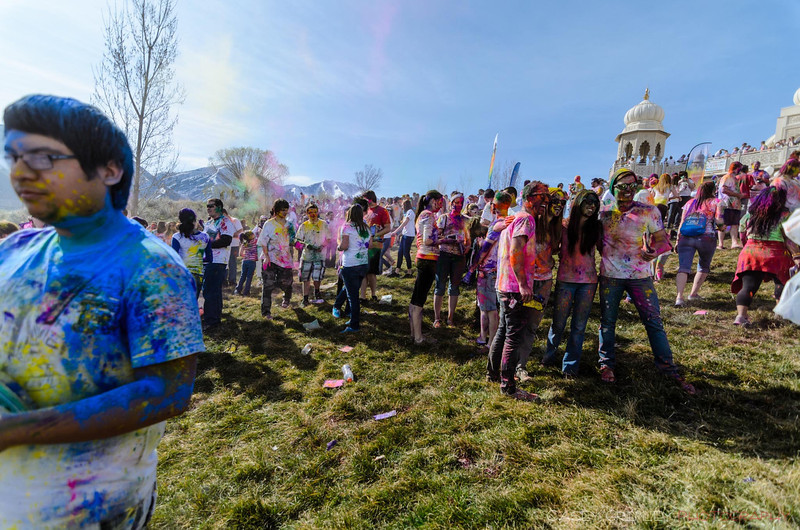 Festival-of-colors-20140329-051.jpg