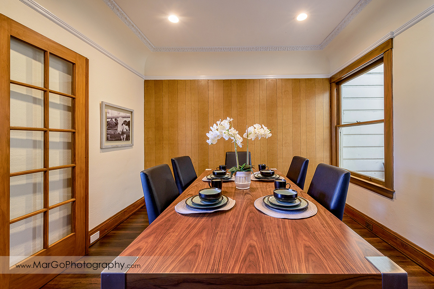 San Francisco house dining room with wood wall - real estate photography