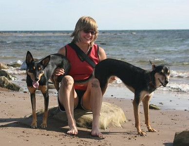 Chris and her dogs after the workshop at the local beach.