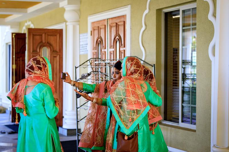 Neelam_and_Matt_Gurdwara_Wedding-1206.jpg