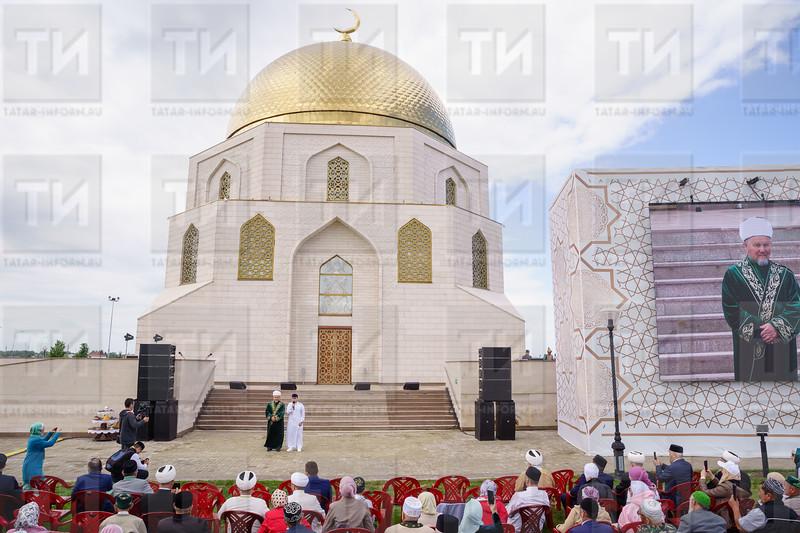 05.06.2021 - Изге Болгар җыены ачылышыннан фоторепортаж (Салават Камалетдинов )