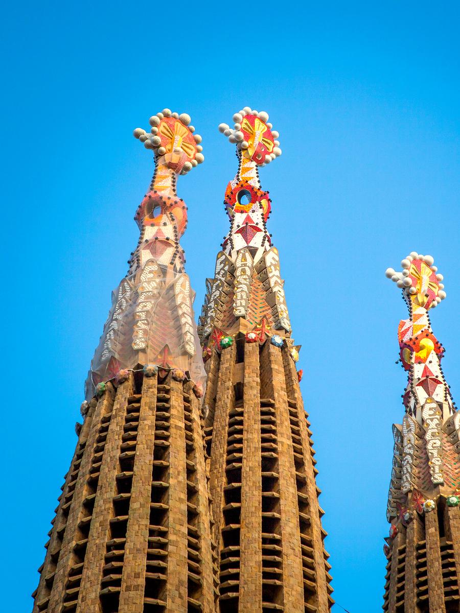 西班牙圣家堂(Sagrada Família), 传统里的超现实