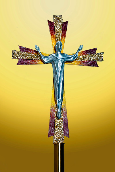 20140505 Mary and Crucifix-9525 v4 gold.jpg