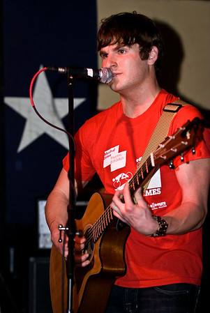 Lakewood Bar & Grill - Landon Smith - 4-25-2009
