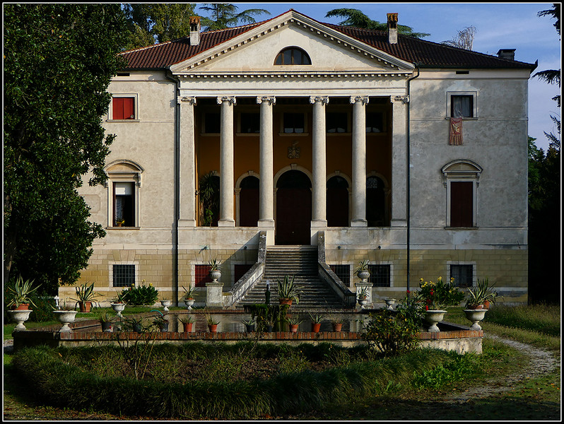 2019-10-Vicenza305-.jpg