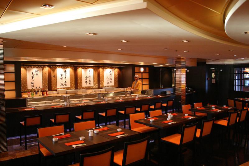2008 - On board MSC MUSICA : Sushi bar Kaito.